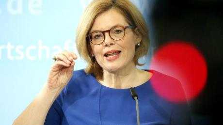Bundeslandwirtschaftsministerin Julia Klöckner in der Coronavirus-Krise an arbeitswillige Bundesbürger, bei der Ernte mitzuhelfen.