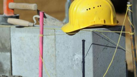 Bislang ging es der Baubranche gut - angesichts der Coronakrise könnte sich das nun ändern.