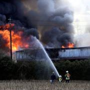 Ein Einfamilienhaus neben der B 300 am Sandberg bei Vogelsang brannte am Mittwochnachmittag.
