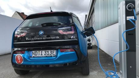 Erleben Sie, was elektrisiert – bei den BMW Elektromobilitätstagen im BMW Autohaus Schweitzer!