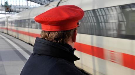 Fahrgast-Rekord bei der Deutschen Bahn. Doch insgesamt zeichnet die Bilanz des Konzerns ein düsteres Bild. Und dabei ist die Corona-Krise da noch gar nicht eingerechnet.