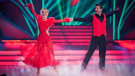 "Sükrü Pehlivan musste die Show in Folge 5 verlassen. Die News zu ""Let's Dance"" 2020."