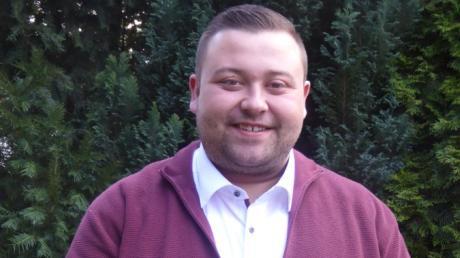 Sebastian Bernhard ist 27 und der neue Bürgermeister in der Gemeinde Adelsried. Jung sein, ist für ein politisches Amt kein Nachteil, sagt er.