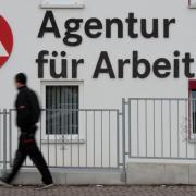 Die Agentur für Arbeit warnt vor einer betrügerischen Mail zum Kurzarbeitergeld.