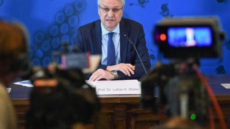 «Wir haben jetzt ja auch leider Fälle in Pflege- und Altenheimen»: Lothar Wieler, Leiter des Robert-Koch-Instituts auf einer Pressekonferenz.