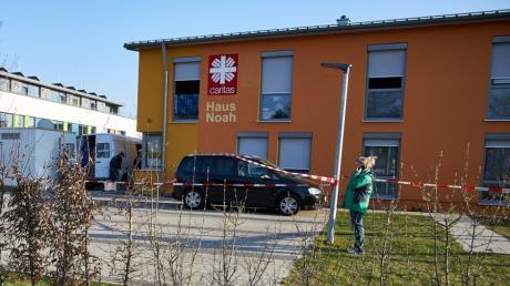 In der Flüchtlingsunterkunft Haus Noah in der Gögginger Friedrich-Ebert-Straße, kam es am Samstag zu einem tödlichen Familienstreit.