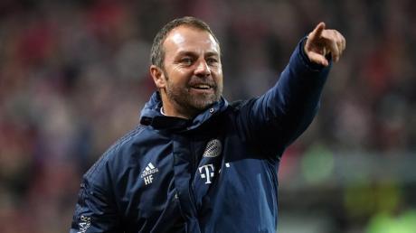 Der Vertrag von Bayern-Trainer Hans-Dieter Hansi Flick wurde bis 2023 verlängert.
