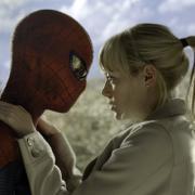 """""""The Amazing Spider-Man"""": Der Film mit Andrew Garfiled als Spider-Man (rechts) und Emma Stone als Gwen Stacy kommt immer wieder einmal im TV. Wann der nächste Termin ist, erfahren Sie hier."""