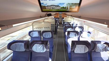 Leere Sitze in den Zügen der Deutschen Bahn wegen des Coronavirus könnten bald der Vergangenheit angehören.