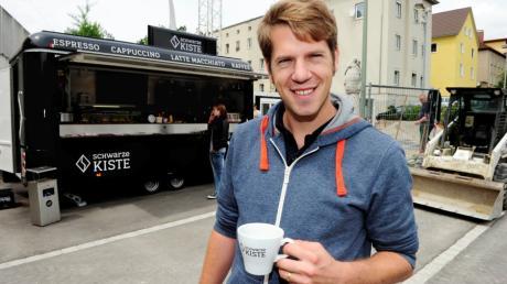 Trotz Insolvenz: Die Schwarze Kiste an der Haunstetter Straße sollte geöffnet bleiben. Doch Corona macht Inhaber Sebastian Hrabak einen Strich durch die Rechnung.