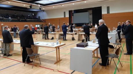 Die neuen Stadträte in Friedberg wurden in der konstituierenden Sitzung vereidigt.