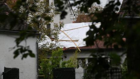 In einem Mehrfamilienhaus in Gessertshausen ist am Dienstagabend ein Feuer ausgebrochen.