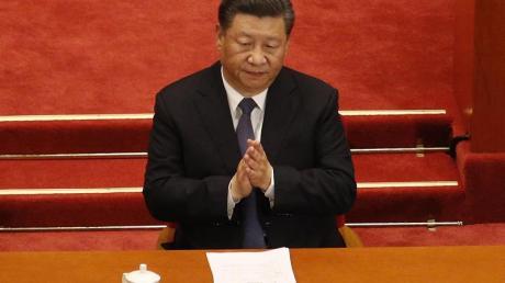 Chinas Präsident Xi Jinping bei der Eröffnungssitzung des Nationalen Volkskongresses in Peking.