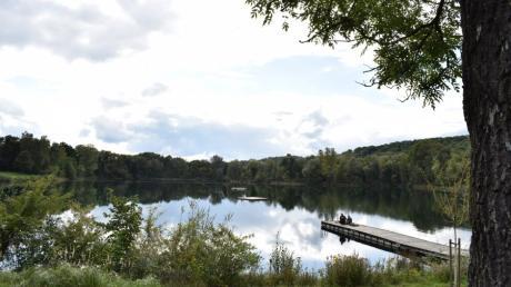 Die Stadt Neu-Ulm sperrt die Badeinseln in den Seen in Pfuhl und Ludwigsfeld.