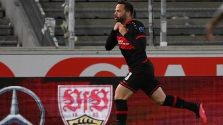 VfB-Profi Gonzalo Castro jubelt nach seinem Siegtreffer zum 3:2.