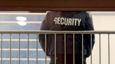 Der Chef einer Rieser Sicherheitsfirma muss sich vor dem Nördlinger Amtsgericht verantworten.
