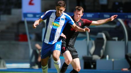 Der FC Augsburg hat das Spiel gegen die Hertha verloren. In unserer Einzelkritik lesen Sie, welche Spieler überzeugt haben und welche nicht.