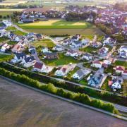 Das Neubaugebiet Mertingen-Süd aus der Luft aufgenommen.