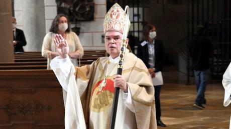 Das erste Pontifikalamt nach seiner Weihe (im Bild) zum neuen Bischof von Augsburg feierte Bertram Meier am Sonntag in der Friedberger Wallfahrtskirche Herrgottsruh.