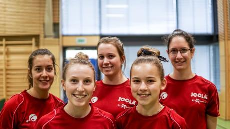 Damen TSG Thannhausen von links Lisa-Mia Tjarks, Sarah Alzinger, Lili Takacs, Luna Brüller, Csilla Nagypal