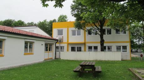Die Containermodule für die Erweiterung der Awo-Kindertagesstätte in der Amberieustraße in Mering sind nach den Pfingstferien bezugsfertig für die Nemos.