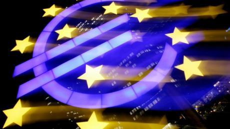 Ein milliardenschweres Konjunkturpaket soll die wirtschaftlichenFolgen der Corona-Krise abfedern.