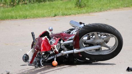 Ein 58-Jähriger ist mit seinem Motorroller bei Hürnheim tödlich verunglückt.