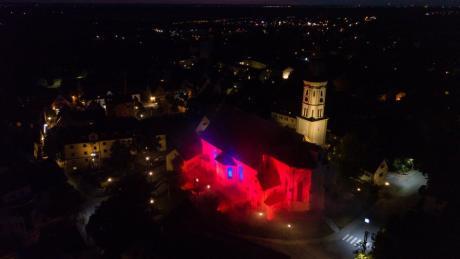 """Pastoralpraktikant Daniel Dambacher hatte die Idee, dass sich auch die Pfarrgemeinde Sankt Michael in Mering an dem bundesweitem Projekt """"Night of Light"""" beteiligt."""