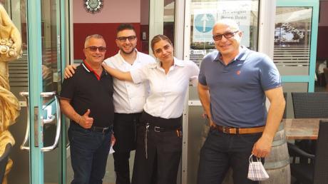 Im Bild von links: Andrea Filosa, Schwiegersohn Antonio Lumare, Tochter Luisa Filosa und Schwager Antonio di Carlo. Andrea Filosa hat eine schwere Covid-19-Erkrankung überlebt.