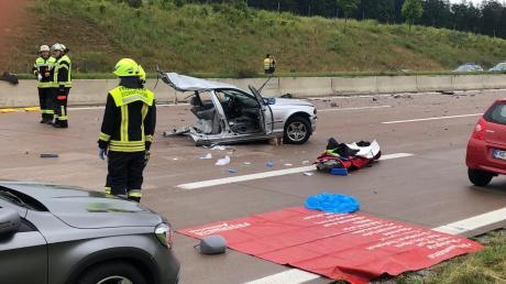 Nach einem Unfall auf der A8 ist diese gesperrt.
