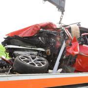 Tödlich verletzt wurde der Fahrer dieses Fahrzeugs. Der Unfall ereignete sich zwischen Irschenhofen-Adelzhausen und Rametsried-Altomünster.