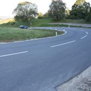 Im Bereich der sogenannten Applauskurve bei Großsorheim hat sich ein Unfall ereignet.