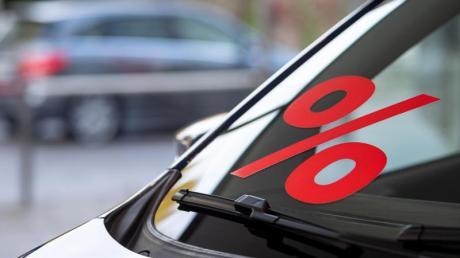 Autohersteller und -händler drehen wieder stärker an den Rabattschrauben.