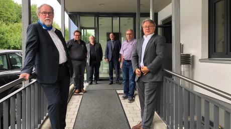 Vertreter der IHK und der Kreishandwerkerschaft zusammen mit Georg Nüßlein in Weißenhorn, wo das gemeinsame Gespräch stattfand.