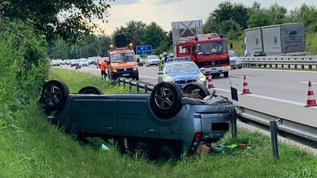 Auf der A 96 bei Bad Wörishofen hat es einen Unfall gegeben.