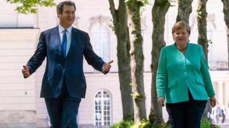 CSU-Chef Markus Söder und Kanzlerin Merkel auf auf Schloss Herrenchiemsee.