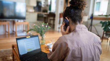 Arbeitnehmer sind im Homeoffice produktiver und weniger gestresst.