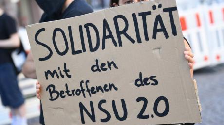 """In Deutschland wurden zuletzt Drohmails verschickt, die mit """"NSU 2.0"""" unterzeichnet waren."""