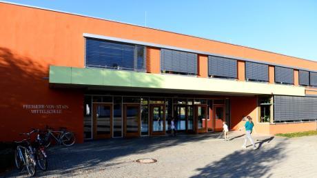 Die Freiherr-von-Stain-Mittelschule in Ichenhausen.