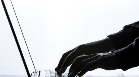 Käufer von gebrauchten Laptops sollten unbedingt die Akkulaufzeit des Gerätes prüfen - diese lässt über die Jahre spürbar nach.