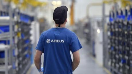 Airbus hat im zweiten Quartel 2020 einen Verlust von 1,4 Milliarden Euro gemacht. Jetzt sind Arbeitsplätze in Gefahr.