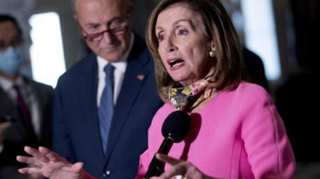 US-Demokratin Nancy Pelosi spricht über die Verhandlungen des Konjunkturpakets.
