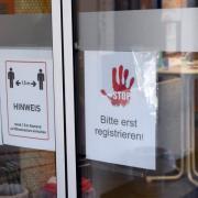 Der Alltag in Augsburg wird noch immer noch das Corona-Virus beeinflusst. Nun wurde erneut bei zwei Reiserückkehrern eine Infektion festgestellt.