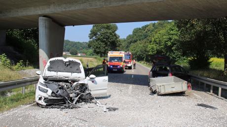 Ein Unfall hat sich auf dem Autobahnzubringer zwischen Illertissen und Dietenheim ereignet.