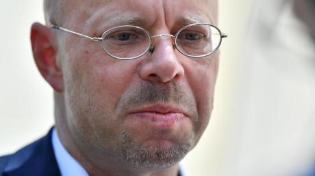 Andreas Kalbitz verzichtet endgültig auf den Fraktionsvorsitz im Brandenburger Landtag.
