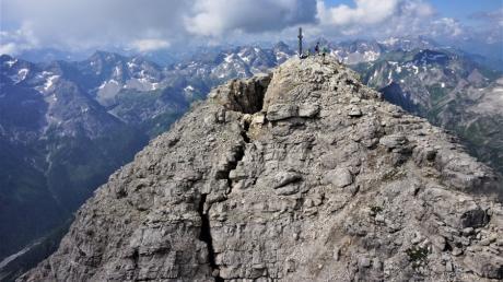 Eine direkte Gefahr für Siedlungen im Tal besteht aber nach Ansicht der Experten nicht.