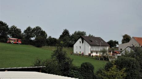 In Diemantstein hat ein Zimmerbrand für einen größeren Feuerwehreinsatz gesorgt.
