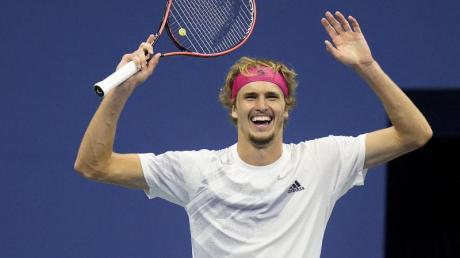 Steht nach seinem Sieg zum ersten Mal in einem Grand-Slam-Finale: Alexander Zverev darf sich freuen.