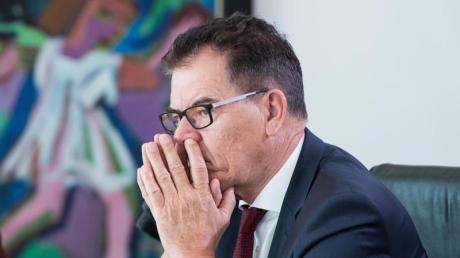 Bundesentwicklungsminister Gerd Müller will 2021 nicht mehr für den Bundestag kandidieren .