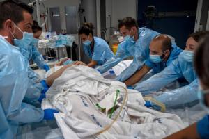 In Spanien ist die Lage in den Krankenhäusern schon wieder deutlich angespannter.